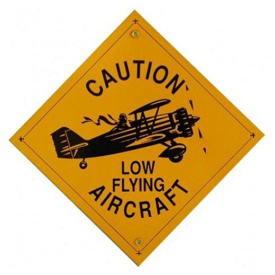 Знак авиационный CAUTION LOW FLYING металлический